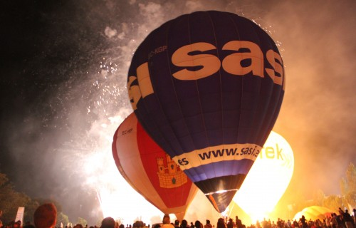 Igualada-Balloon-night-glow-55